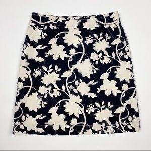 BANANA REPUBLIC Linen Blend Floral Straight Skirt